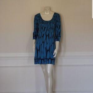 New Diane Von Furstenburg 100% Silk Aggie Dress .